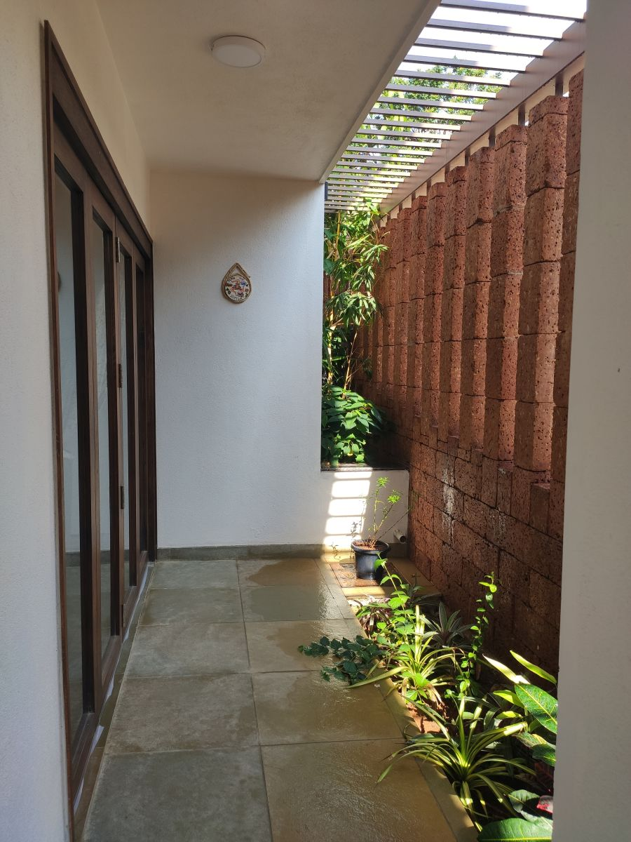 House on The Sloping Road, at Bangalore, India, by 6mmdesigns 22