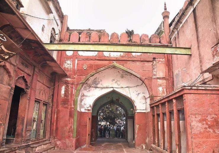 News: Fatehpuri Mosque: Architectural marvel losing its sheen 1