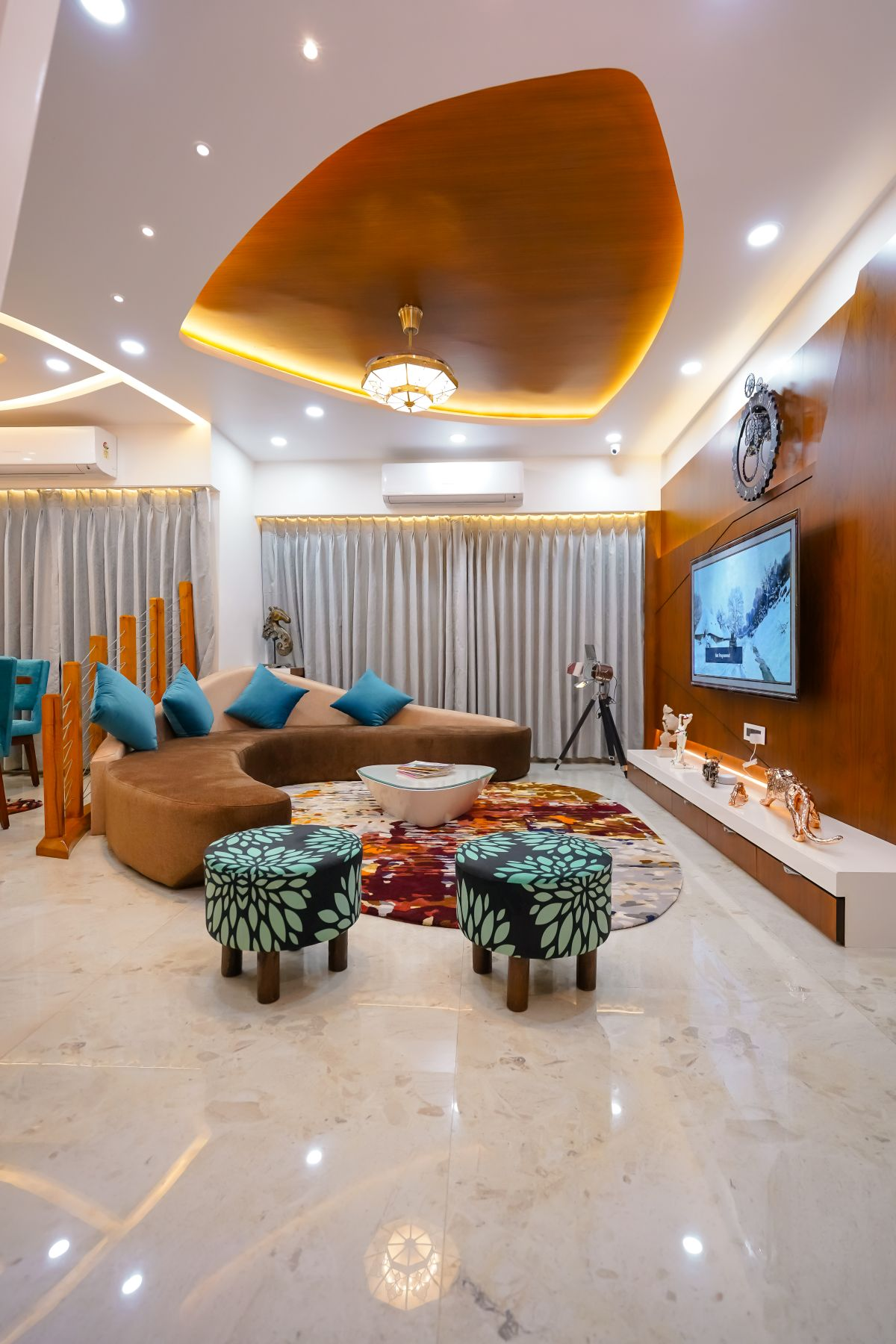 Amit Nagdive Residence at Capitol Heights, Nagpur by FANP Design Studio 5