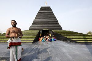 Balaji temple at Andhra by Sameep Padora and Associates