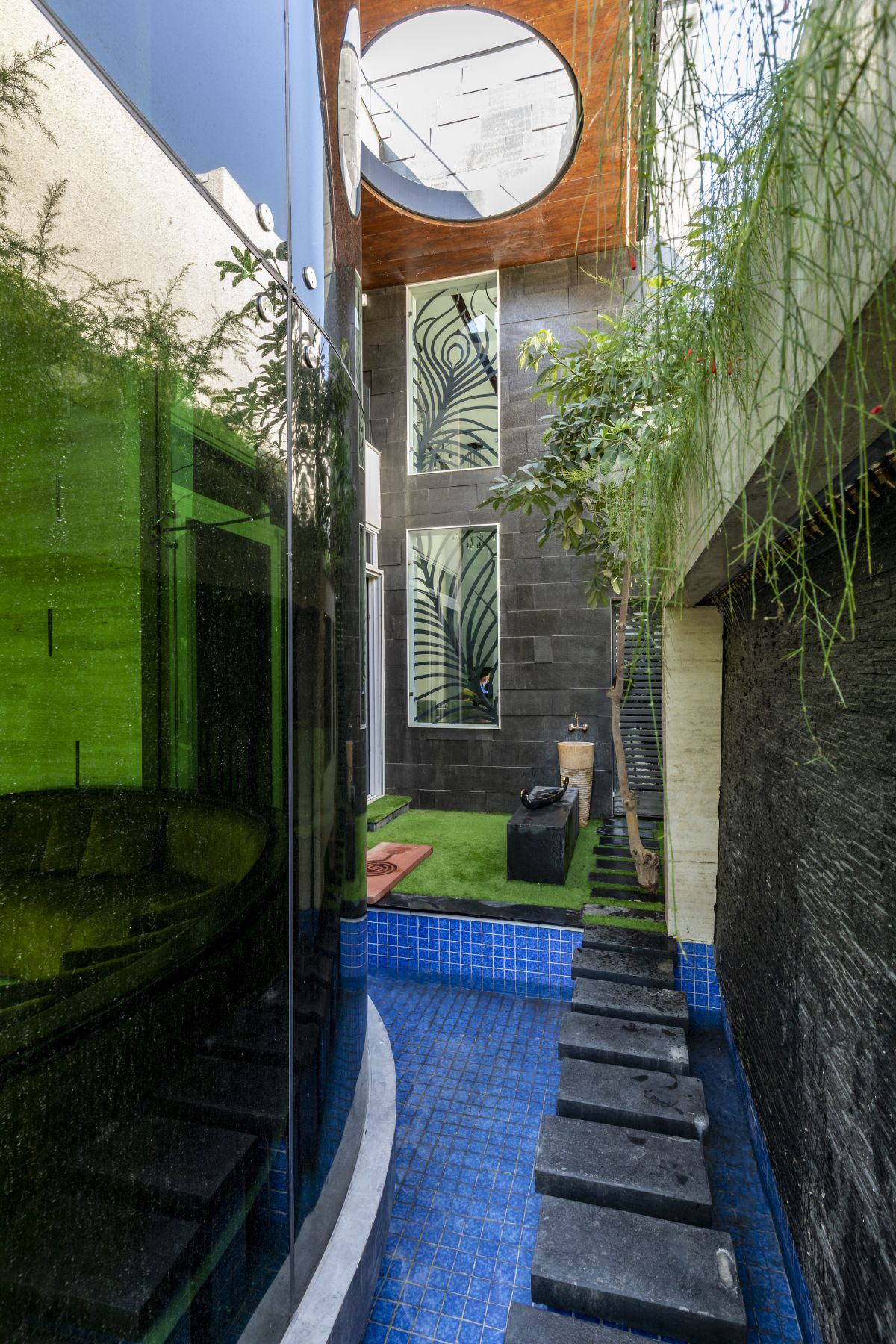 The Leaf House, at Indore, M.P, by Span Architects 20