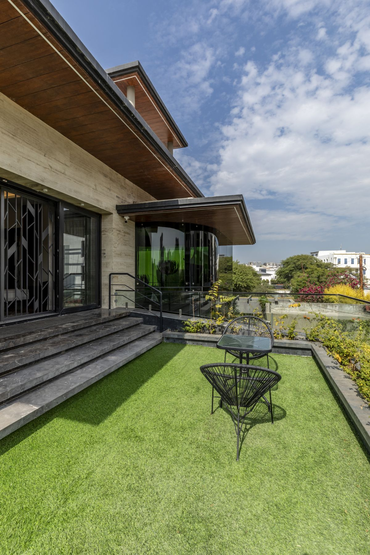 The Leaf House, at Indore, M.P, by Span Architects 24
