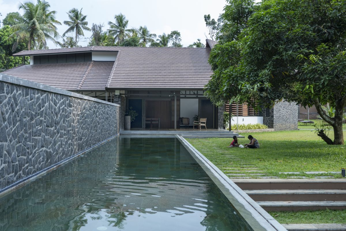 Dr Maani House 2020, at Koothattukulam, by RGB Architecture Studio 16