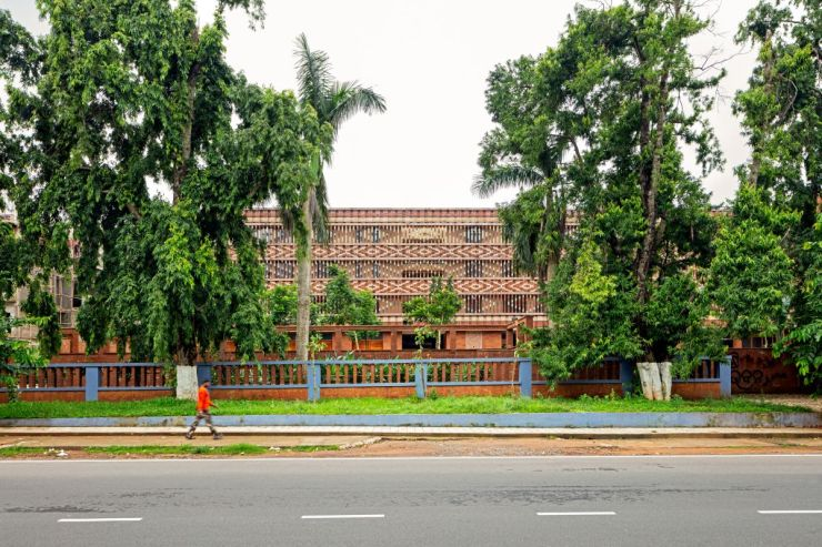 Krushi Bhawan   150 Local Artisans Come Together to Craft a Civic Building in India, by Studio Lotus 2