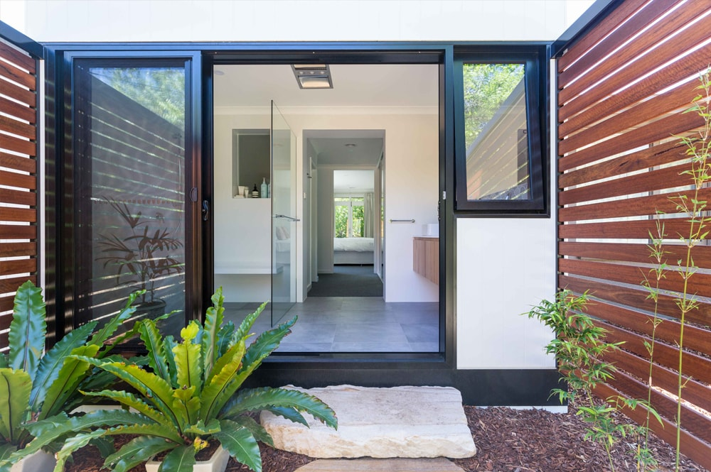 Minimalist Zen Renovation by Architecture Repubic in Canberra