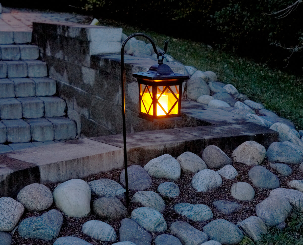 19 Best Garden Lamps To Organize Warm And Ambient Light