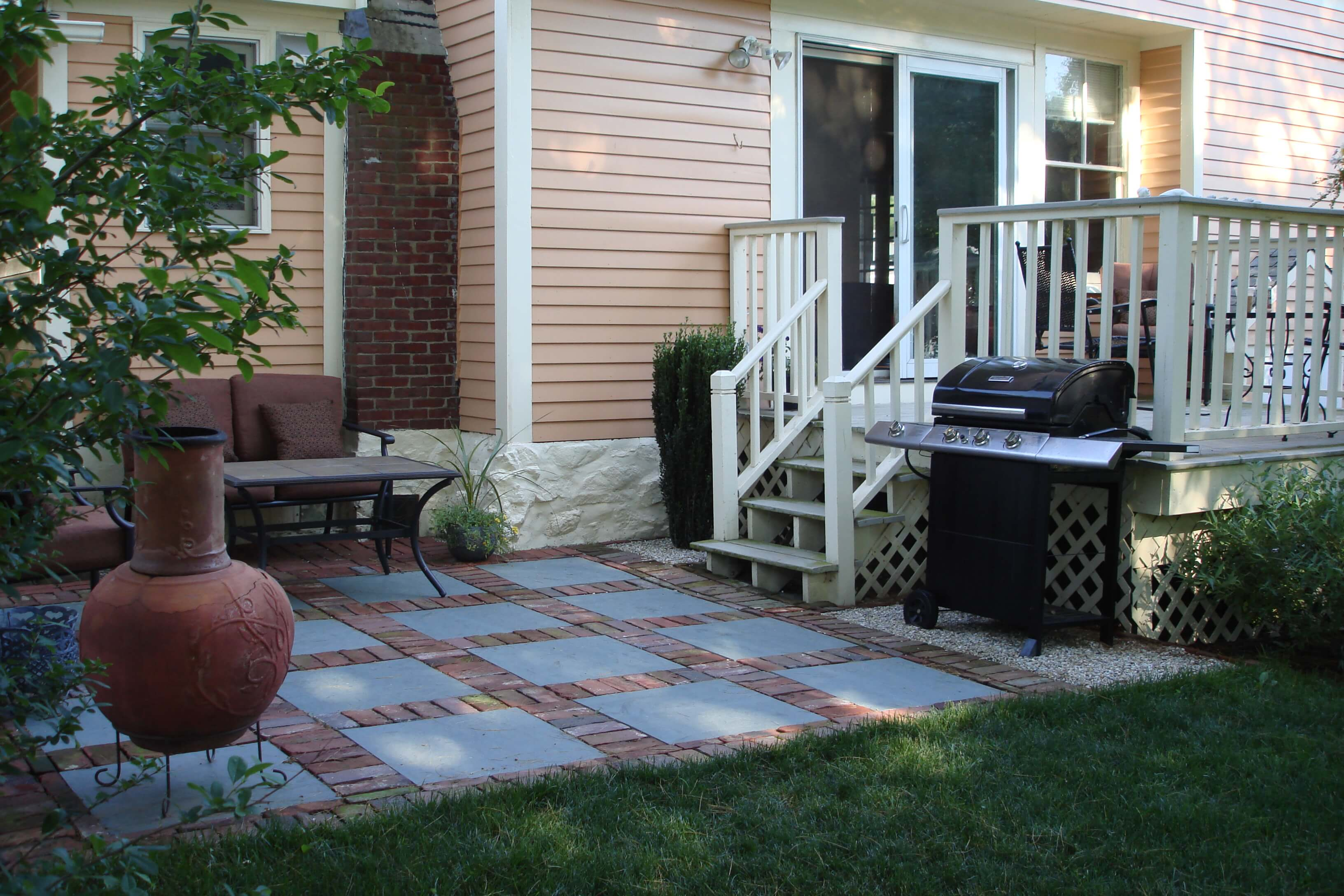 15+ Enhancing Backyard Patio Design Ideas For Small Spaces on Small Backyard Brick Patio Ideas  id=50768