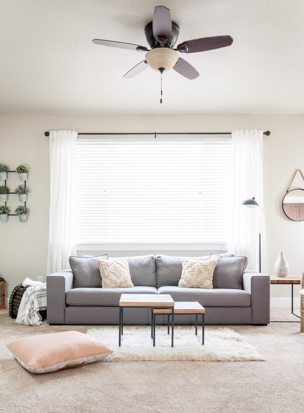 Best Minimalist Living Room Designs That You Check Out on Minimalist Living Room Design  id=62254