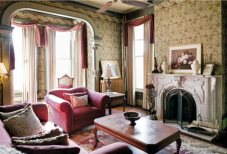 milwaukee-italianate-parlor