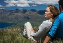 mężczyzna i kobieta - para w górach