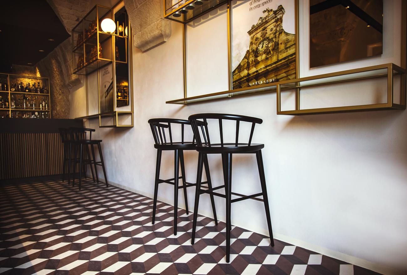 In un settore estremamente competitivo come l'architettura d'interni,. Idea 1654019 Garibaldi Cafe Bistrot By Pleroo Design In Ostuni Italy