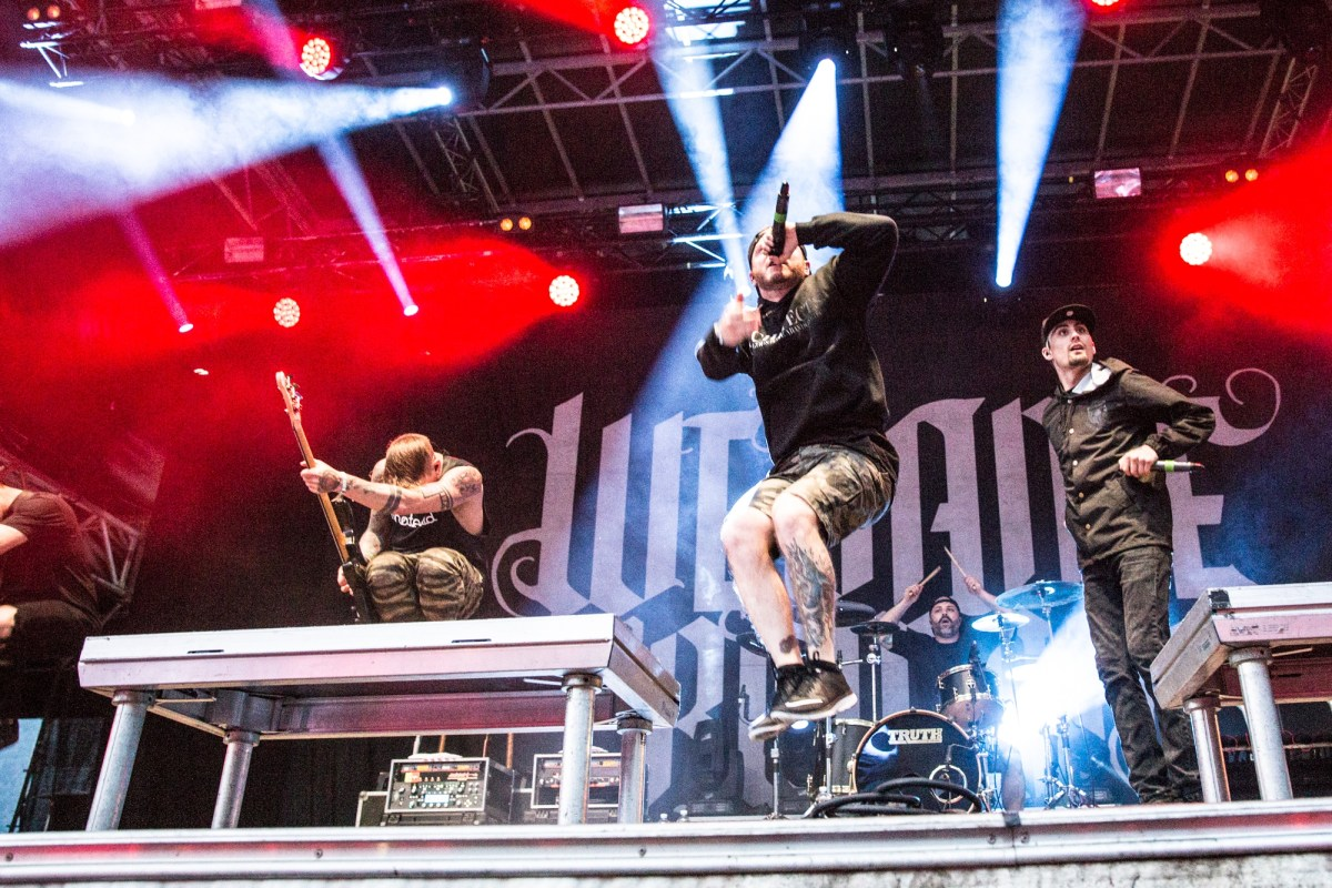 2016-06-11_We-Came-As-Romans_037