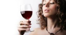 7. Ոգելից ըմպելին չի գիրցներ: ՍԽԱԼ: Իւրաքանչիւր 100 կրամ ալքոլը 7 ջերմուժ կը պարունակէ: Մօտաւորապէս 100 ջերմուժ կը պարունակէ բաժակ մը գինին: