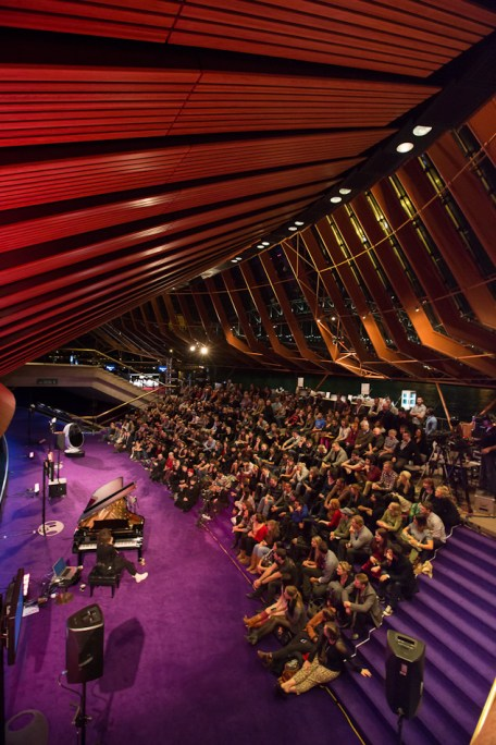Imogen Heap performed in the Northen Foyer which overlooks the harbour