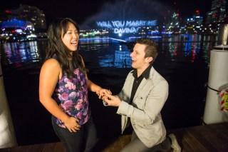 Vivid Sydney 2014 : Aquatique Marriage Proposal