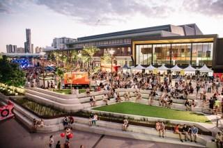 Brisbane Laneway Festival 2015 : RNA Showgrounds Brisbane
