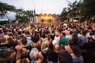 : Brisbane Laneway Festival 2016 Brisbane Laneway Festival Brisbane