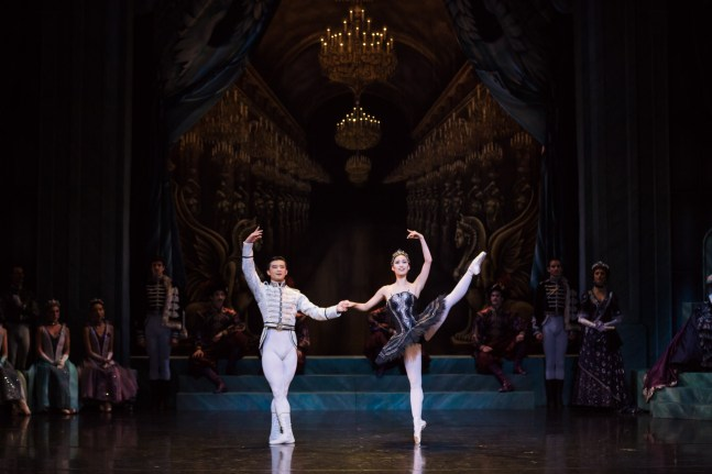 : Swan Lake - 7pm Dress Rehearsal Sydney Opera House