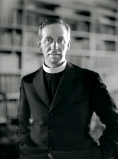 87569 • Monsignor Ronald Knox