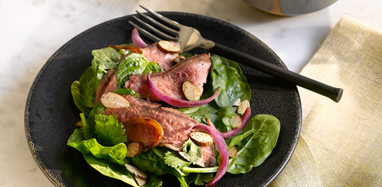 asian-steak-and-spinach-salad