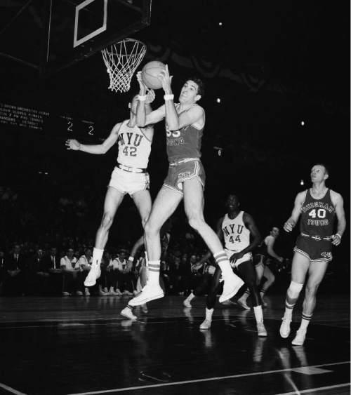 Utah BYUs 1966 Basketball Teams Have Places In History
