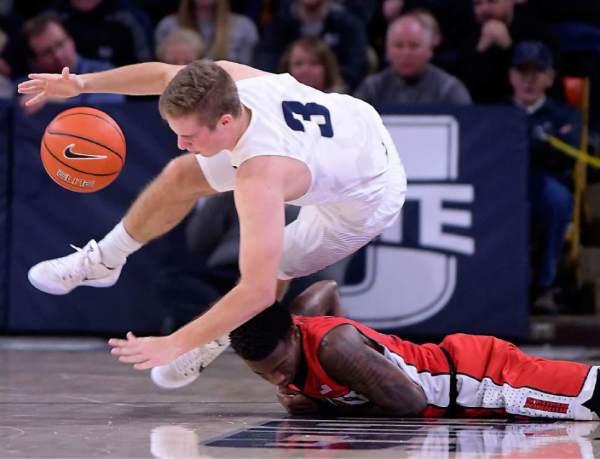 Utah State men's basketball: Koby McEwen's career-high 28 ...