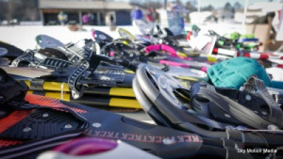 Lots of snowshoes at the national championships (Eau Claire 2015)