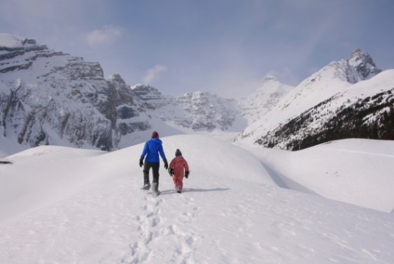 Spring Snowshoeing on the Icefields Parkway