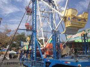 ClovisFest is currently one of the largest annual attractions of the area with over 230 craft and business booths, about 12 dozen food venders, live entertainment, a carnival and hot air balloons.