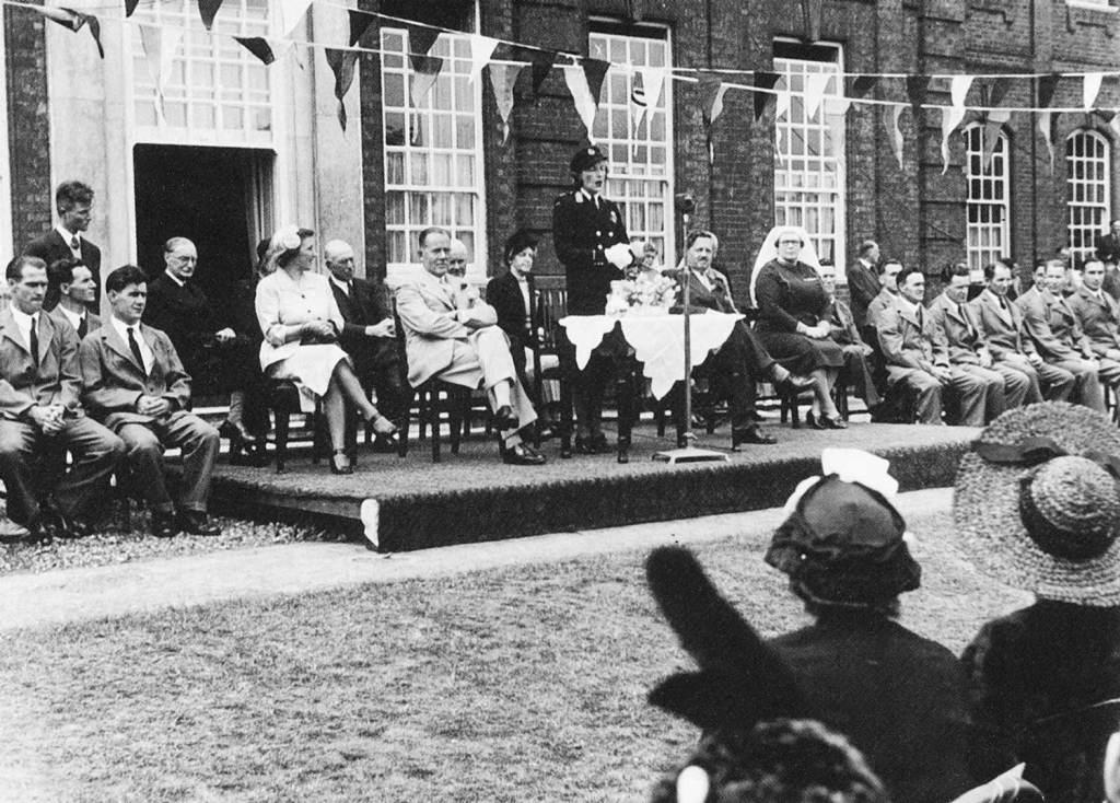 Lady Mountbatten 1940's Garden Party