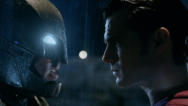 Batman v Superman Dawn of Justice 800x450