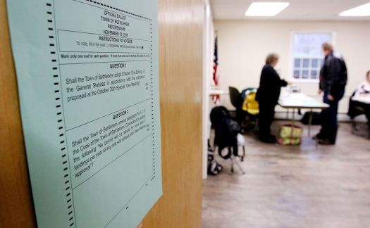 BETHLEHEM. 13 November 2018-111318SV03-Residents went to the polls to decide on establishing zoning in town, an issue that has many deeply divided in Bethlehem, Tuesday.Steven Valenti Republican-American