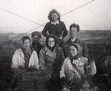 Gladys Cole and Land Girls