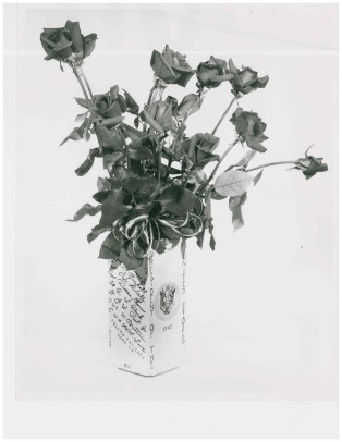 Flower vase signed by fellow patients on ward 4E and given to President Eisenhower.