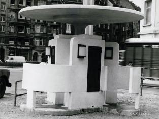 Prototype d'urinoir public, boulevard Poincaré (1964-1965) | Prototype van openbaar urinoir gelegen aan de Poincarélaan