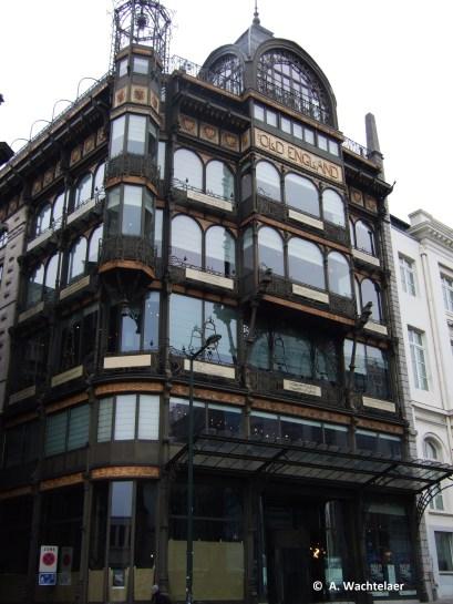 Ancien magasin « Old England », rue Montagne de la Cour n°2 (Bruxelles-ville), architecte : Paul Saintenoy | Voormalige « Old England » winkel, Hofberg nr. 2 (Brussel-stad), architect : Paul Saintenoy – photo : © A. Wachtelaer