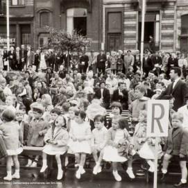 Fêtes enfantines, photo, sd, Collection photographique (inv13_585), Archives communales de Saint-Gilles | Kinderlijke feest, foto, sd, Fotografische verzameling (inv13_585), Gemeentearchieven van Sint-Gillis