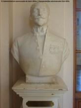 Buste de Louis Morichar, grand palier du premier étage de l'hôtel de ville de Saint-Gilles.