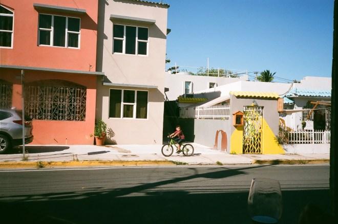 Calle McLeary, 2020<br>Fotografía de Daniel Rosa Hunter