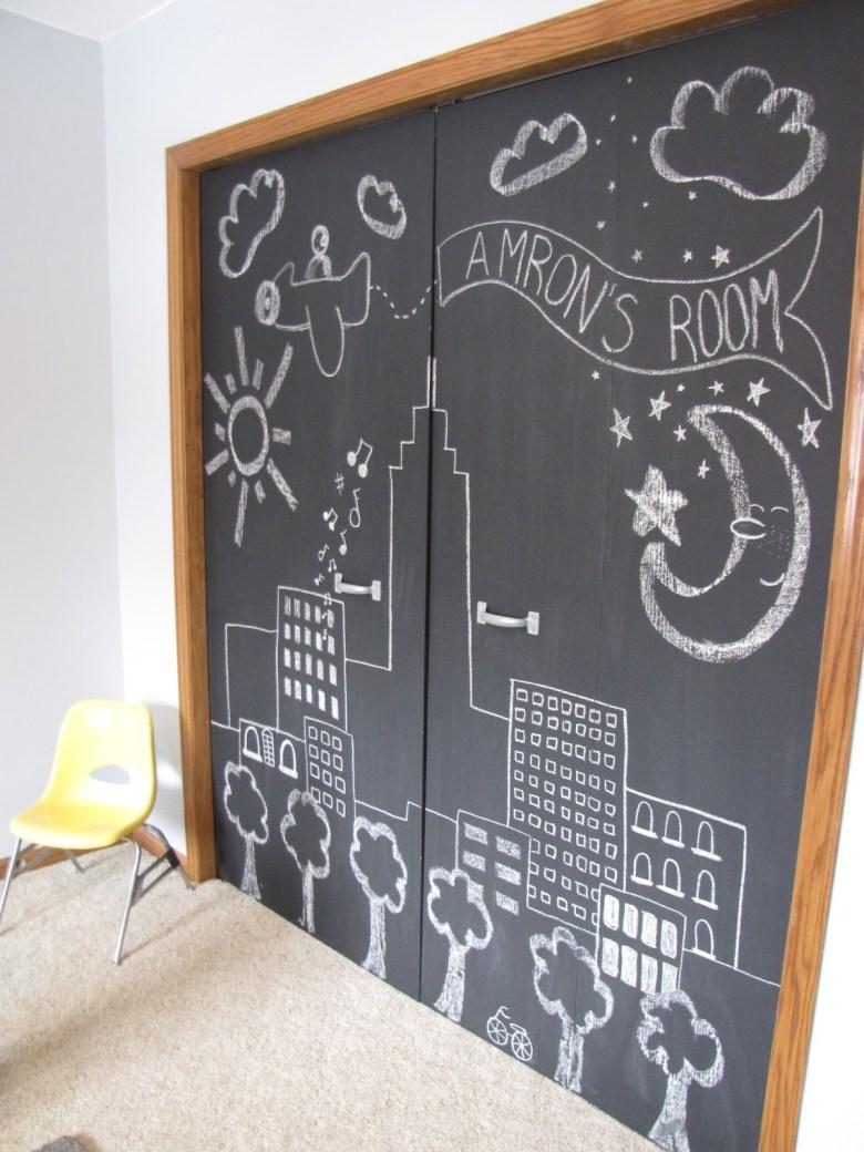 Closet Door Ideas with Chalkboard Paint