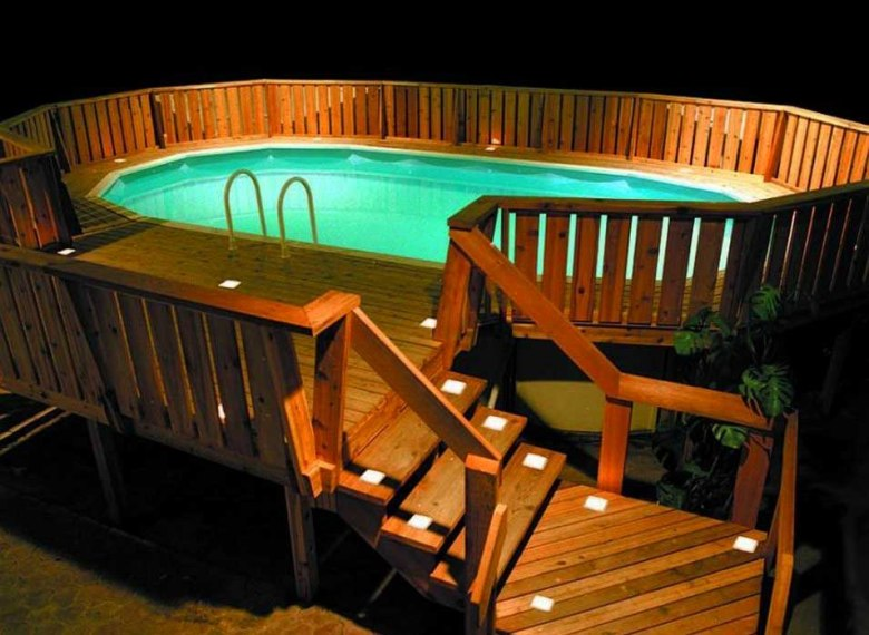 Stage-Like Swimming Pool