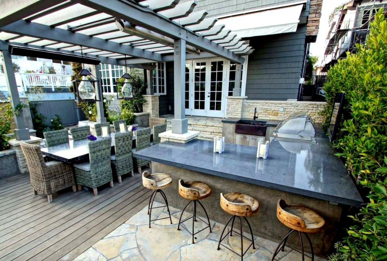 Contemporary Outdoor Bar