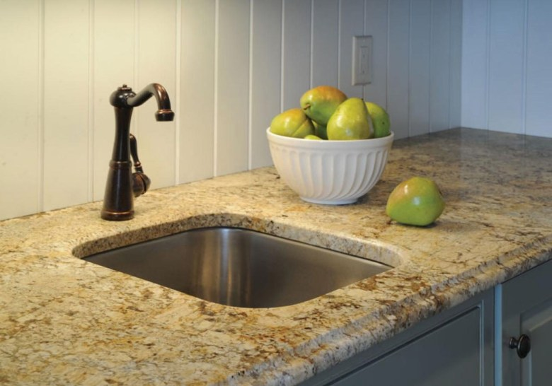 Dramatic Styled Granite Countertop