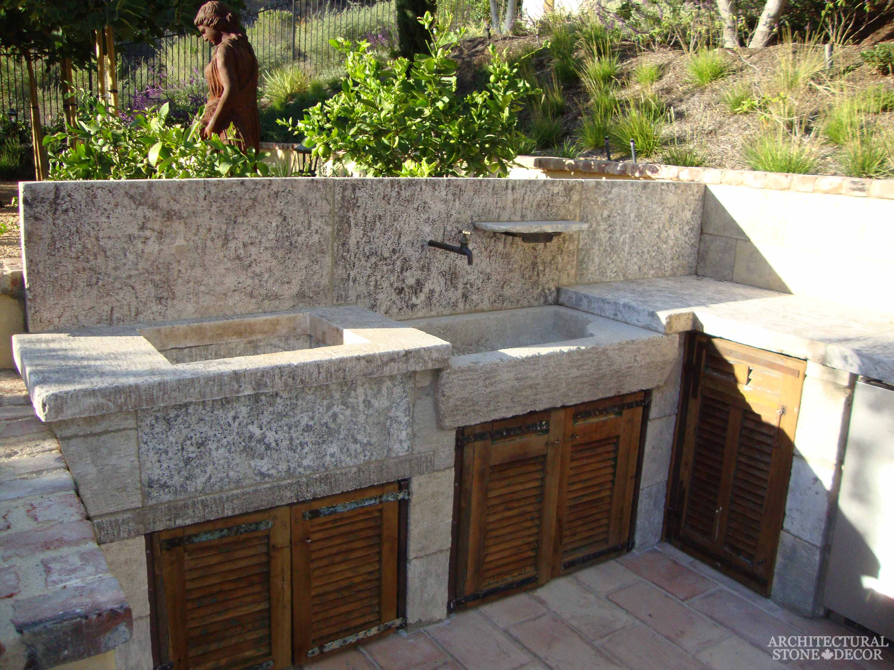 Cook it up with these Incredible Outdoor Kitchen Designs on Outdoor Patio Sink id=69521