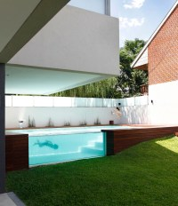 Glass-Swimming-Pool-House_1