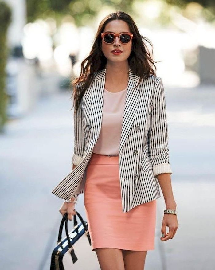 black and white stripe blazer, outfit casual, coral pencil skirt, light pink top, white leather bag
