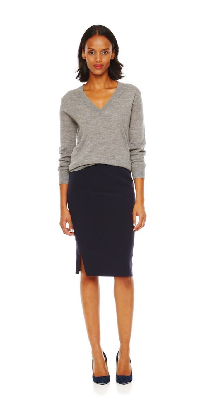 black pencil skirt, grey v line sweater, outfit casual, black pointed heels