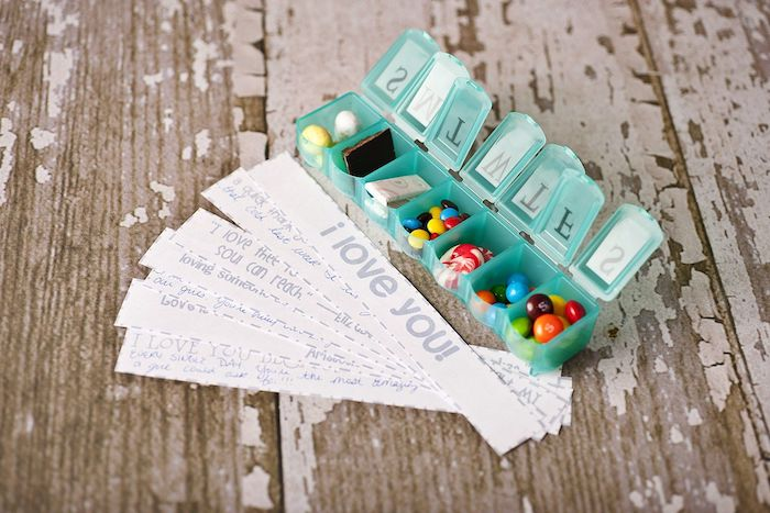 candy filled pill box, messages written on a piece of paper, creative valentine's day gifts for boyfriend