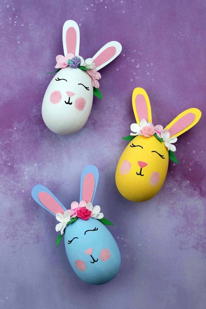 white yellow and blue eggs, with ears and flower crowns, dying eggs with shaving cream, diy tutorial