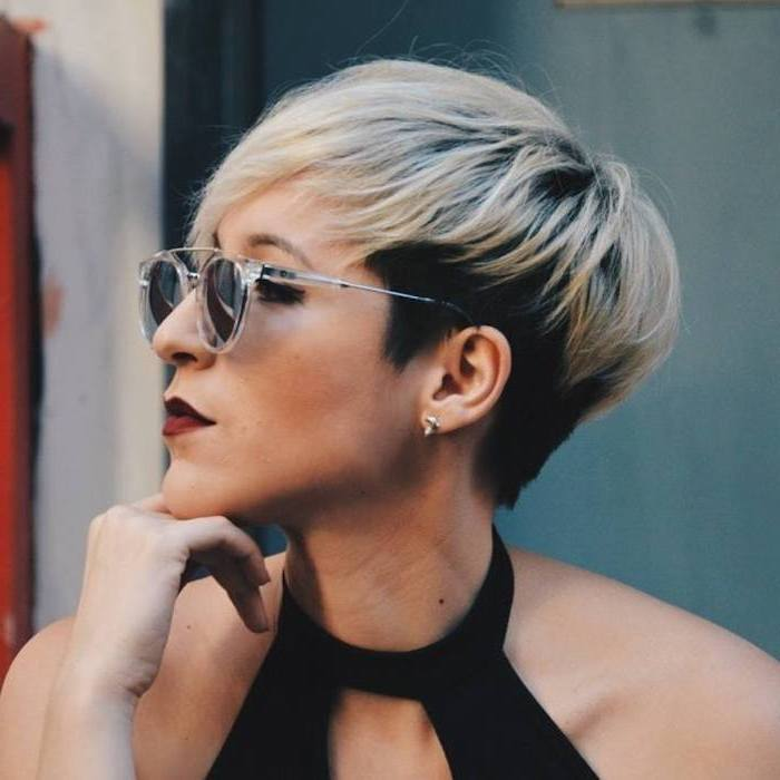 black and blonde hair, black top, plastic sunglasses, medium hair cuts for women